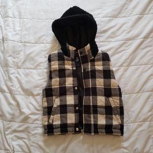 Black plaid sherpa vest